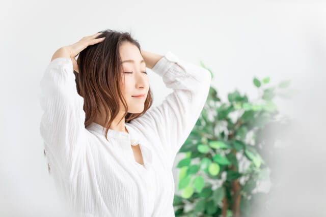 失われた毛髪を再生・発毛へと導くハーグ療法