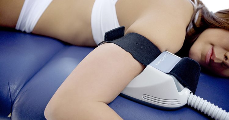 エムスカルプトは二の腕と太もも・ふくらはぎへの施術も可能